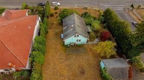 Photo 3: 15409 BUENA VISTA Avenue: White Rock House for sale (South Surrey White Rock)  : MLS®# R2129608