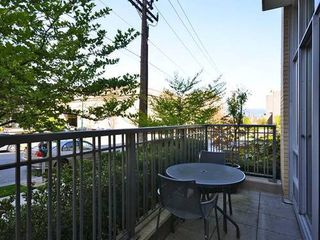 Photo 2: 2404 PINE Street in Vancouver West: Home for sale : MLS®# V1004538