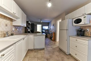 """Photo 11: 8 15840 84 Avenue in Surrey: Fleetwood Tynehead Townhouse for sale in """"FLEETWOOD GABLES"""" : MLS®# R2138711"""