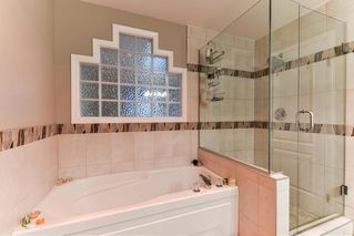 """Photo 19: 8 15840 84 Avenue in Surrey: Fleetwood Tynehead Townhouse for sale in """"FLEETWOOD GABLES"""" : MLS®# R2138711"""