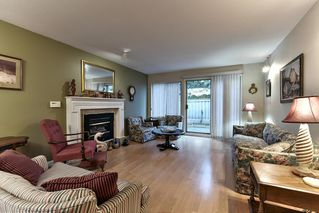"""Photo 3: 8 15840 84 Avenue in Surrey: Fleetwood Tynehead Townhouse for sale in """"FLEETWOOD GABLES"""" : MLS®# R2138711"""