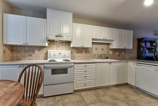 """Photo 9: 8 15840 84 Avenue in Surrey: Fleetwood Tynehead Townhouse for sale in """"FLEETWOOD GABLES"""" : MLS®# R2138711"""