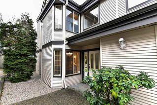 """Photo 2: 8 15840 84 Avenue in Surrey: Fleetwood Tynehead Townhouse for sale in """"FLEETWOOD GABLES"""" : MLS®# R2138711"""