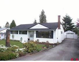 """Photo 1: 15117 RAVEN Place in Surrey: Bolivar Heights House for sale in """"birdland"""" (North Surrey)  : MLS®# R2141904"""