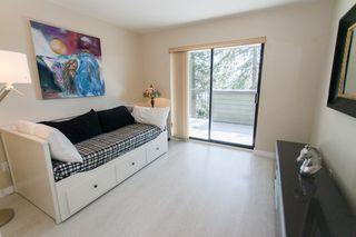 "Photo 16: 209 14950 THRIFT Avenue: White Rock Condo for sale in ""The MONTEREY"" (South Surrey White Rock)  : MLS®# R2151660"
