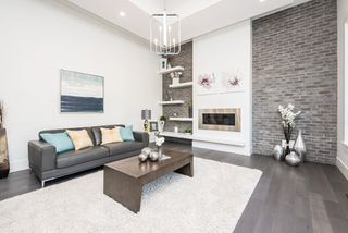 """Photo 4: 3830 COACHSTONE Way in Abbotsford: Abbotsford East House for sale in """"CREEKSTONE ON THE PARK"""" : MLS®# R2159860"""