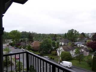 "Photo 19: 401 33898 PINE Street in Abbotsford: Central Abbotsford Condo for sale in ""GALLENTREE"" : MLS®# R2166109"