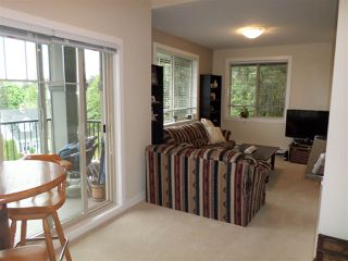 "Photo 11: 401 33898 PINE Street in Abbotsford: Central Abbotsford Condo for sale in ""GALLENTREE"" : MLS®# R2166109"