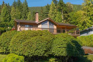 Photo 2: 5166 RANGER AVENUE in North Vancouver: Canyon Heights NV House for sale : MLS®# R2149646