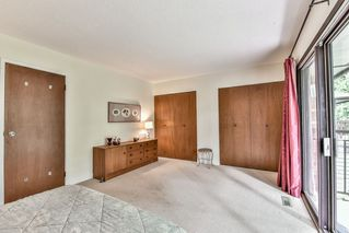 "Photo 12: 14045 MARINE Drive: White Rock Townhouse for sale in ""Ocean Ridge"" (South Surrey White Rock)  : MLS®# R2167951"