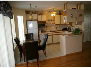 "Photo 3: 9 45640 STOREY Avenue in Sardis: Sardis West Vedder Rd Townhouse for sale in ""Whispering Pines"" : MLS®# R2175072"
