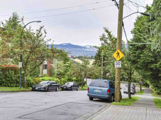 "Photo 15: 102 711 E 6TH Avenue in Vancouver: Mount Pleasant VE Condo for sale in ""Picasso"" (Vancouver East)  : MLS®# R2180358"