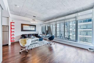 Photo 1: 406 75 Portland Street in Toronto: Waterfront Communities C1 Condo for lease (Toronto C01)  : MLS®# C3880169