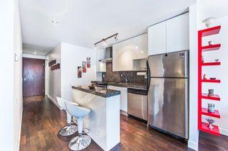 Photo 5: 406 75 Portland Street in Toronto: Waterfront Communities C1 Condo for lease (Toronto C01)  : MLS®# C3880169