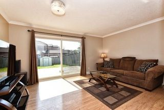Photo 2: 852 Attersley Drive in Oshawa: Pinecrest House (2-Storey) for sale : MLS®# E3894754