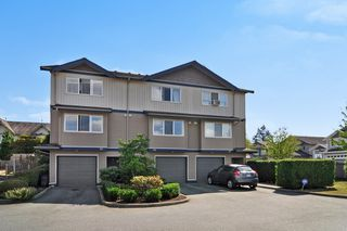 "Main Photo: 24 1268 RIVERSIDE Drive in Port Coquitlam: Riverwood Townhouse for sale in ""SOMERSTON LANE"" : MLS®# R2198641"