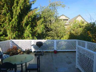Photo 3: 3519 HULL Street in Vancouver: Grandview VE House for sale (Vancouver East)  : MLS®# R2217453