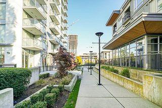 """Photo 9: 2509 13325 102A Avenue in Surrey: Whalley Condo for sale in """"Ultra, Surrey City Centre"""" (North Surrey)  : MLS®# R2217737"""