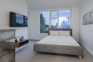 Photo 12: 5520 E Ormidale Street in Vancouver: Townhouse for sale : MLS®# R2231237