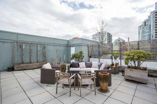 "Photo 17: 306 125 MILROSS Avenue in Vancouver: Mount Pleasant VE Condo for sale in ""Creekside"" (Vancouver East)  : MLS®# R2244749"