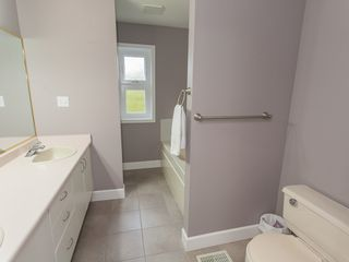 Photo 37: 585 Wain Rd in Parksville: House for sale : MLS®# 390236