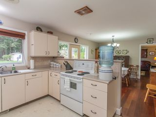 Photo 32: 585 Wain Rd in Parksville: House for sale : MLS®# 390236