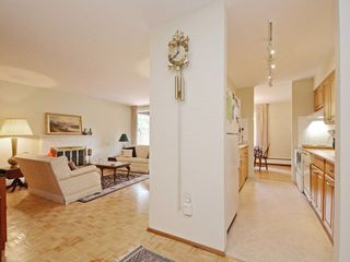 "Photo 4: 110 1720 W 12TH Avenue in Vancouver: Fairview VW Condo for sale in ""TWELVE PINES"" (Vancouver West)  : MLS®# R2285380"