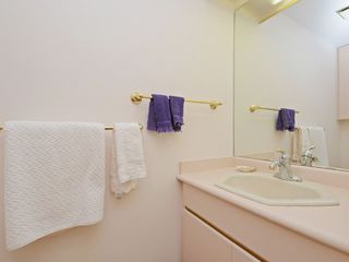 "Photo 16: 110 1720 W 12TH Avenue in Vancouver: Fairview VW Condo for sale in ""TWELVE PINES"" (Vancouver West)  : MLS®# R2285380"