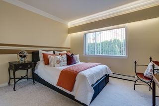 "Photo 30: 14522 29 Avenue in Surrey: Elgin Chantrell House for sale in ""ELGIN CHANTRELL"" (South Surrey White Rock)  : MLS®# R2314832"