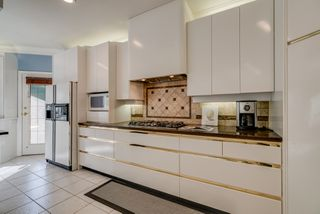"Photo 10: 14522 29 Avenue in Surrey: Elgin Chantrell House for sale in ""ELGIN CHANTRELL"" (South Surrey White Rock)  : MLS®# R2314832"