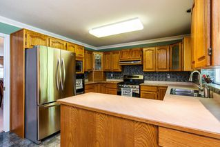"Photo 5: 14463 80 Avenue in Surrey: Bear Creek Green Timbers House for sale in ""British Manor"" : MLS®# R2320512"
