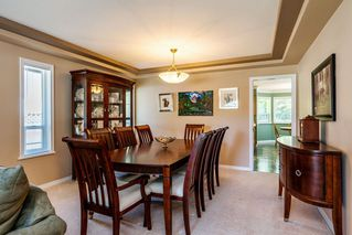 "Photo 4: 14463 80 Avenue in Surrey: Bear Creek Green Timbers House for sale in ""British Manor"" : MLS®# R2320512"