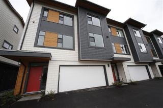 "Main Photo: 6 38447 BUCKLEY Avenue in Squamish: Dentville Townhouse for sale in ""ARBUTUS GROVE"" : MLS®# R2330599"
