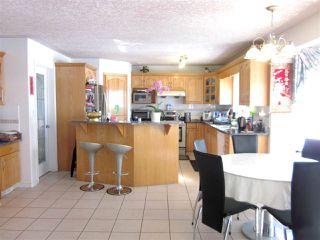 Photo 8: 7547 162 Avenue in Edmonton: Zone 28 House for sale : MLS®# E4139648