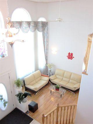 Photo 2: 7547 162 Avenue in Edmonton: Zone 28 House for sale : MLS®# E4139648