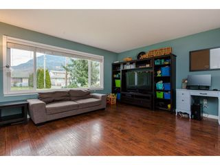 Photo 11: 4347 CYPRESS Street: Yarrow House for sale : MLS®# R2333075