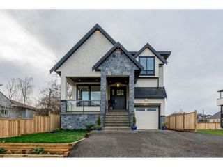 Photo 1: 342 FENTON Street in New Westminster: Queensborough House for sale : MLS®# R2334257