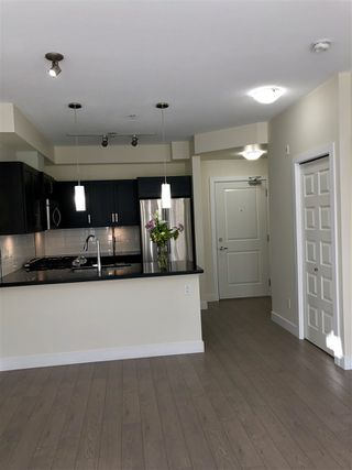 """Photo 3: 116 20078 FRASER Highway in Langley: Langley City Condo for sale in """"THE VARSITY"""" : MLS®# R2339080"""