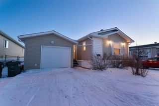 Main Photo: 1957 Jubilee Place: Sherwood Park Mobile for sale : MLS®# E4143328