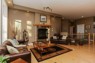 Photo 8: 147 CALDWELL Way in Edmonton: Zone 20 House for sale : MLS®# E4144483