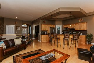 Photo 10: 147 CALDWELL Way in Edmonton: Zone 20 House for sale : MLS®# E4144483