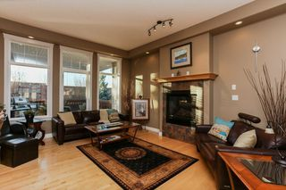 Photo 6: 147 CALDWELL Way in Edmonton: Zone 20 House for sale : MLS®# E4144483