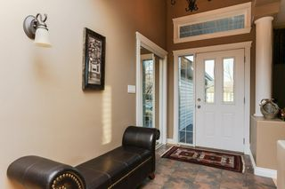Photo 3: 147 CALDWELL Way in Edmonton: Zone 20 House for sale : MLS®# E4144483