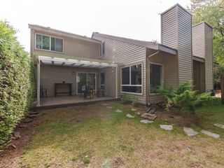"""Photo 18: 6178 W GREENSIDE Drive in Surrey: Cloverdale BC Townhouse for sale in """"Greenside Estates"""" (Cloverdale)  : MLS®# R2343688"""