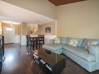 """Photo 3: 6178 W GREENSIDE Drive in Surrey: Cloverdale BC Townhouse for sale in """"Greenside Estates"""" (Cloverdale)  : MLS®# R2343688"""