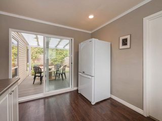 """Photo 8: 6178 W GREENSIDE Drive in Surrey: Cloverdale BC Townhouse for sale in """"Greenside Estates"""" (Cloverdale)  : MLS®# R2343688"""