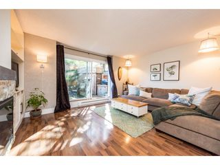 "Photo 3: 974 HOWIE Avenue in Coquitlam: Central Coquitlam Townhouse for sale in ""Wildwood Place"" : MLS®# R2350981"