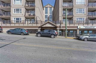 "Photo 1: 418 33165 2ND Avenue in Mission: Mission BC Condo for sale in ""MISSION MANOR"" : MLS®# R2352599"