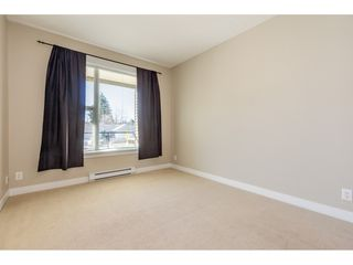 """Photo 11: 214 33539 HOLLAND Avenue in Abbotsford: Central Abbotsford Condo for sale in """"The Crossing"""" : MLS®# R2353047"""