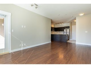"""Photo 8: 214 33539 HOLLAND Avenue in Abbotsford: Central Abbotsford Condo for sale in """"The Crossing"""" : MLS®# R2353047"""